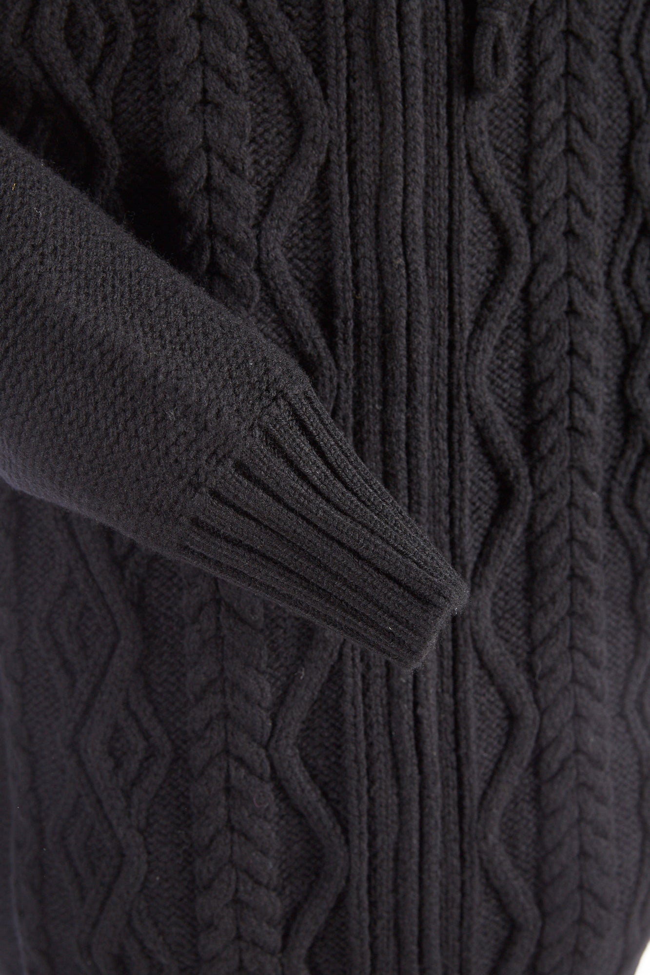 Inis Meáin Black Raven Aran Hoodie Sweater - Sweaters - Inis Meáin - LALONDE's