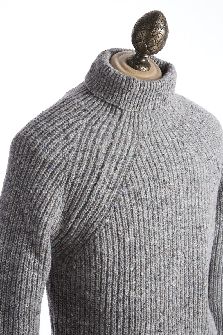 Inis Meáin Grey Donegal Ribbed Turtleneck Sweater - Sweaters - Inis Meáin - LALONDE's