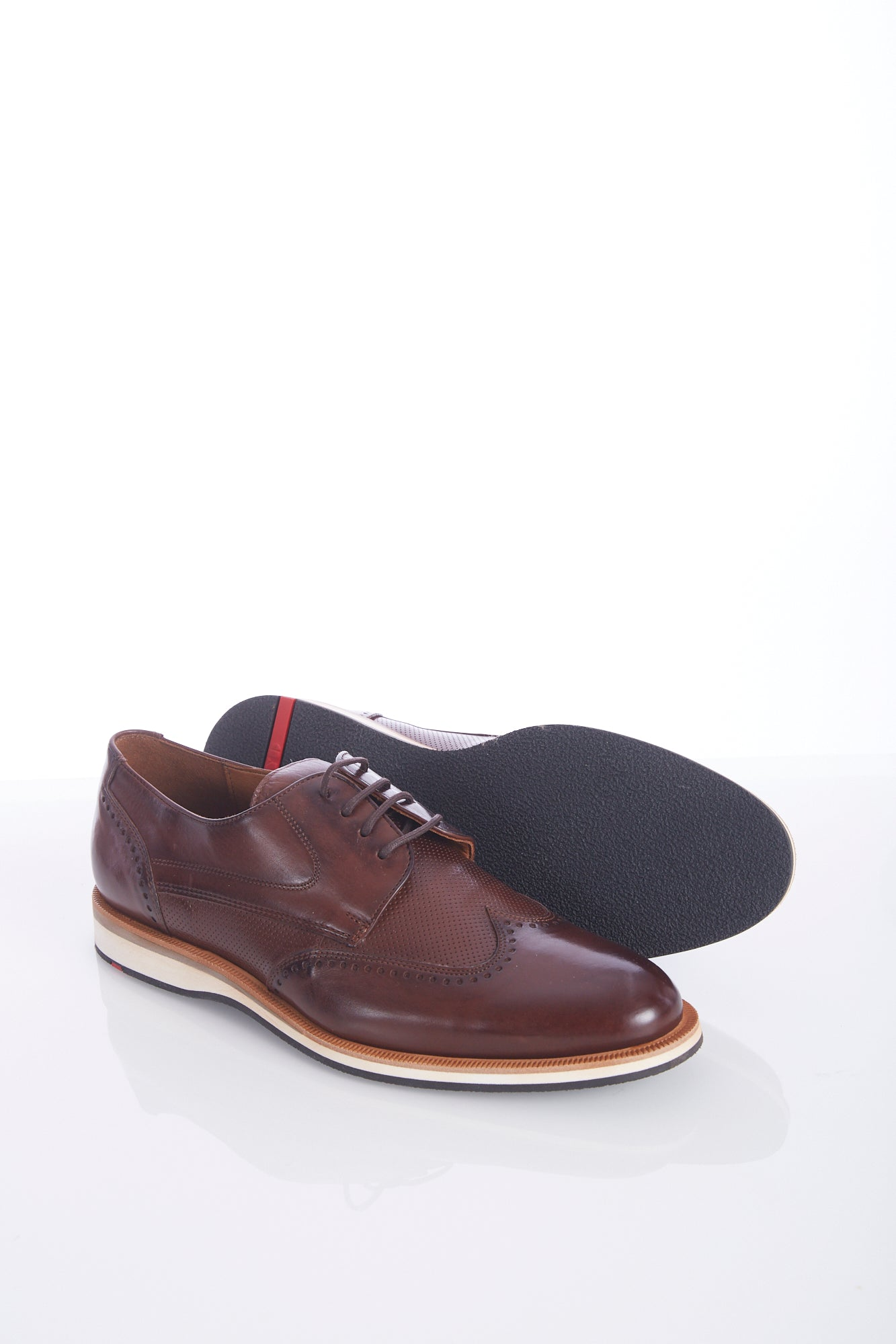 Lloyd 'Odil' Chestnut Brown Wingtip Shoes Side