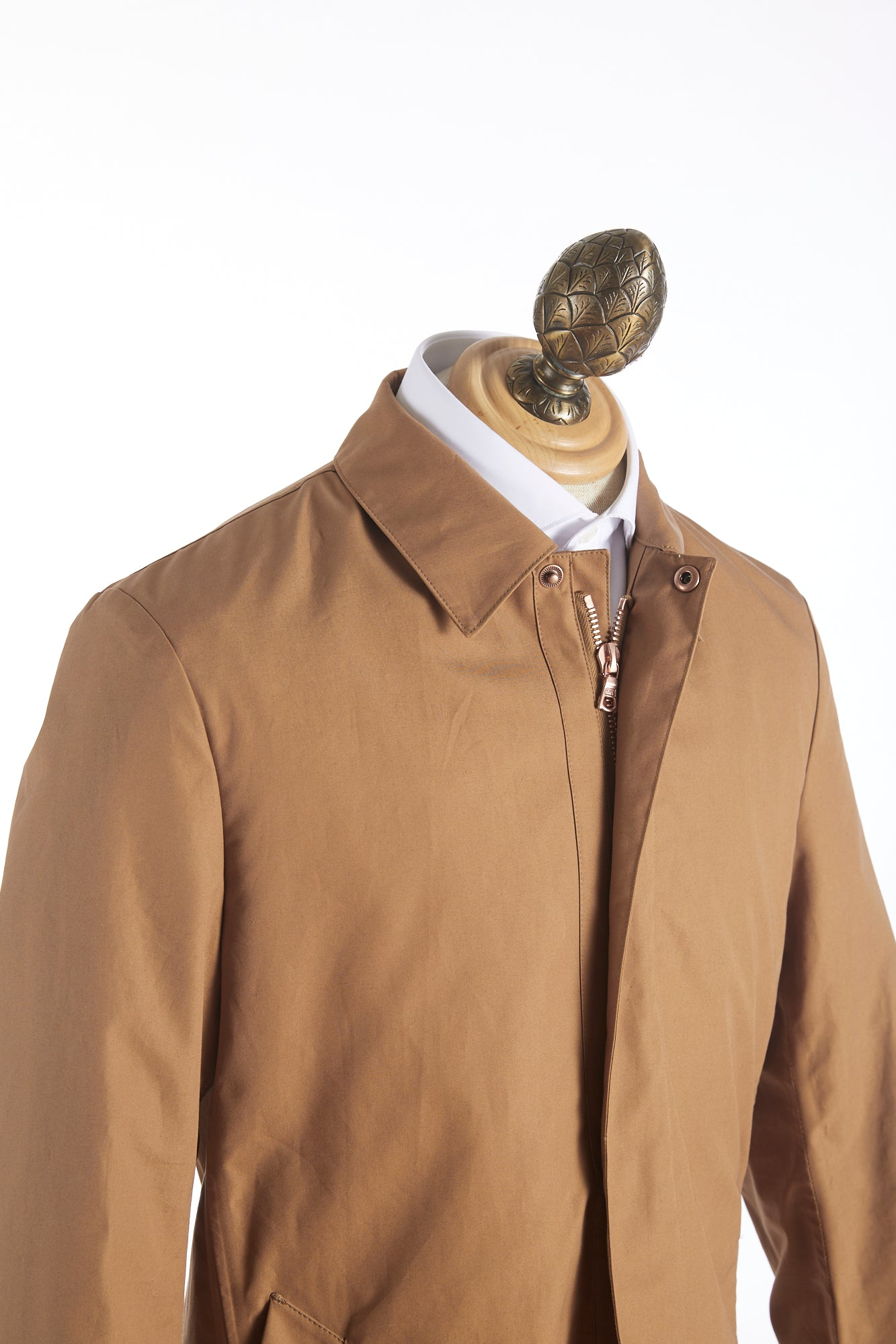 Private White V.C. Tan Cotton Ventile® Unlined Mac Coat Side