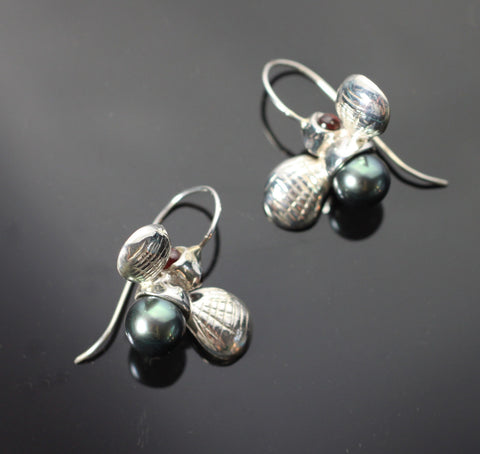 Bumble Bee Earrings-EW1023