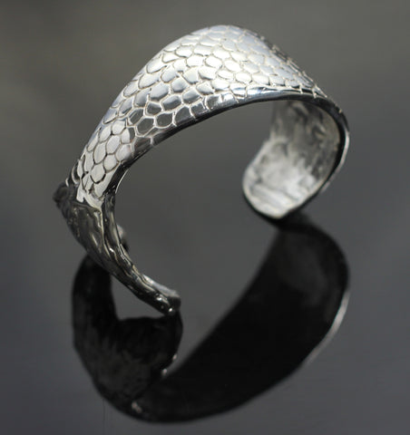 Mermaid Tail Cuff-B1016