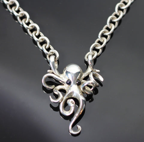 Octopus on heavy link chain-S1022HC