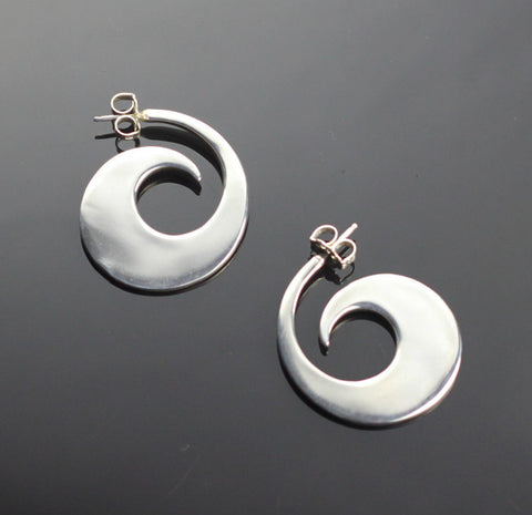 Reverse Wave Earrings
