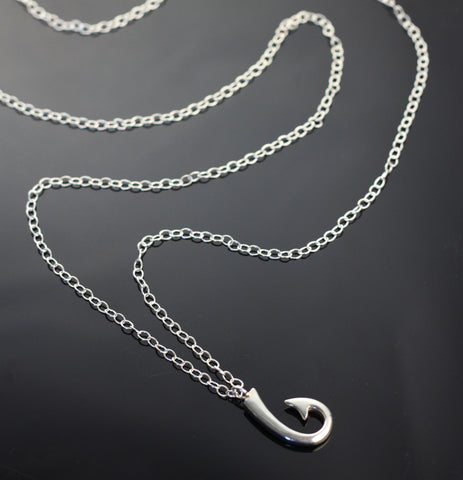 Sm Hook Pendant on long chain-P1039C