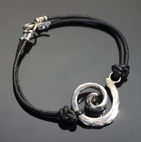 Spiral Leather Bracelet-BE1017