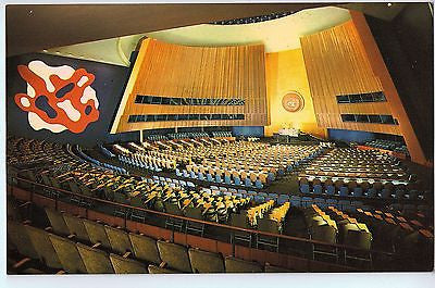 Vintage Postcard of the General Assembly Hall in The United Nations, NY $10.00