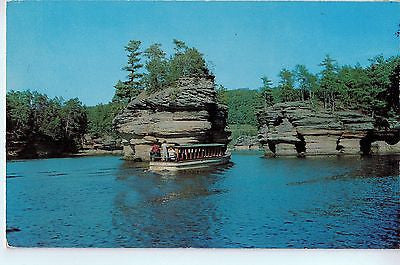 Vintage Postcard of the Dells in Wisconsin Dells, WI $10.00