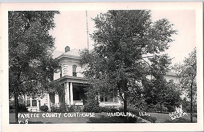 Vintage Postcard of Fayette County Courthouse in Vandalia, IL $10.00