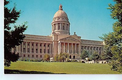 Vintage Postcard of The State Capitol in Frankfort, KY $10.00