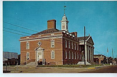 Vintage Postcard of The Hardin County Courthouse in Savannah, TN $10.00