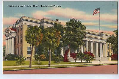 Vintage Postcard of The Manatee County Court House in Bradenton Florida $10.00