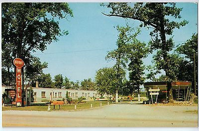 Vintage Postcard of Radiant Motel on US 30 Chicago, IL $10.00