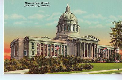 Vintage Postcard of Missouri State Capitol, Jefferson City, MO $10.00