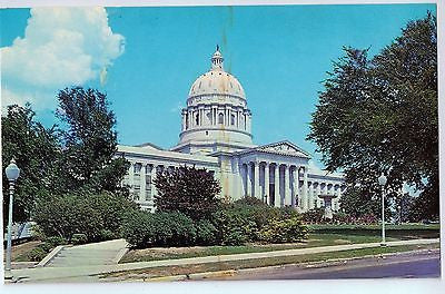 Vintage Postcard of The State Capitol in Jefferson City, MO $10.00