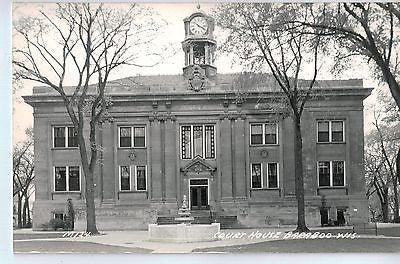Vintage Postcard of Court House in Baraboo, WI $10.00