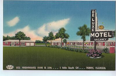 Vintage Postcard of The Deluxe Motel 1 Mile South of Perry, FL $10.00