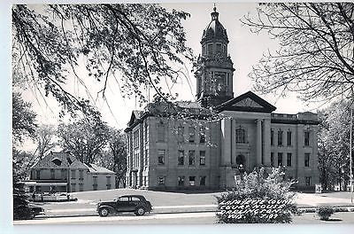 Vintage Postcard of The Lafayette County Court House in Darlington, WI $10.00