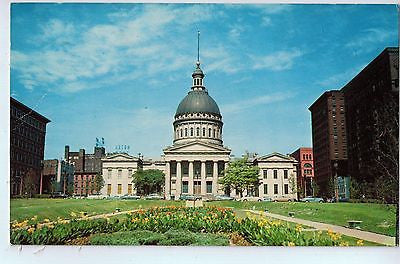 Vintage Postcard of The Old Courthouse in St. Louis, MO $10.00