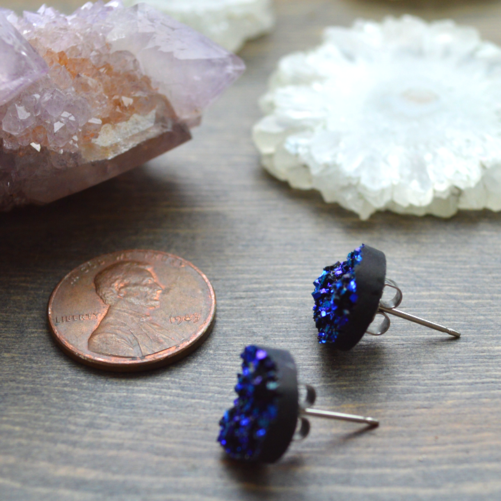 Sparkle Horse Ear Bobbles in Sapphire
