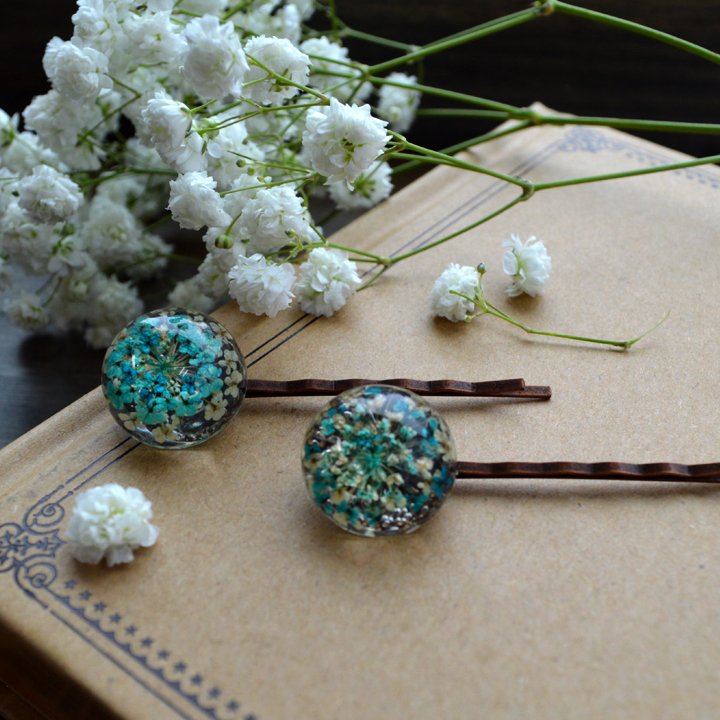Flower the Globe in Blue Bobby Pins