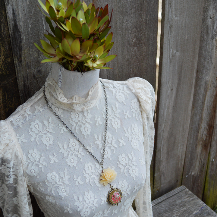 Antique Rose Secret Garden Neck Adornment