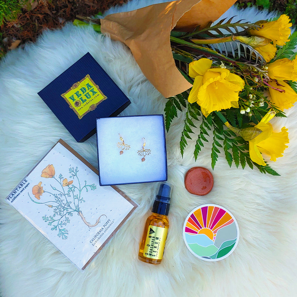 Sun Soaked Lotus Gift Set