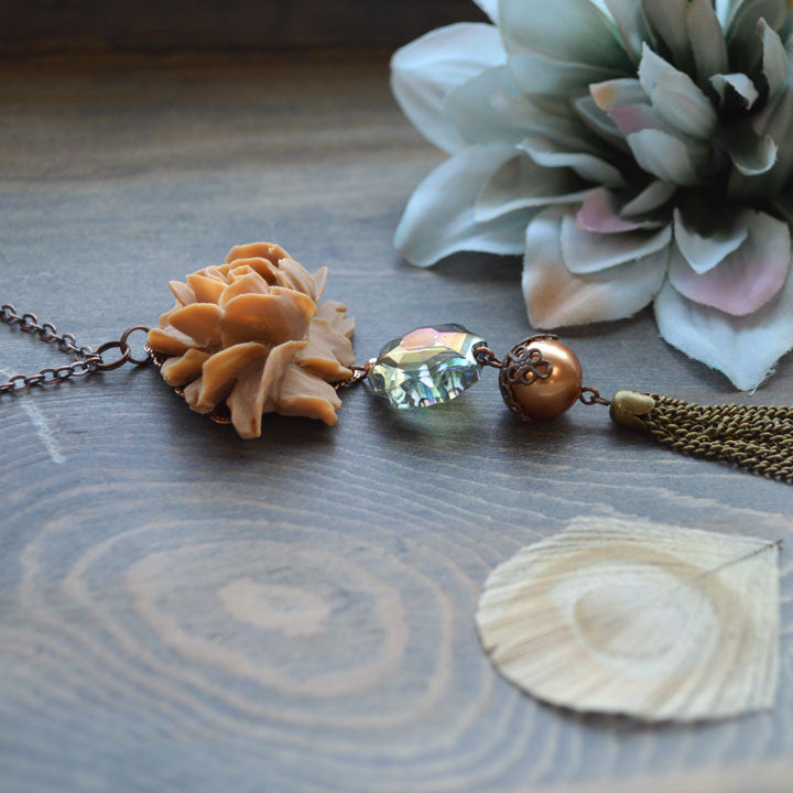 Nude Rose Necklace