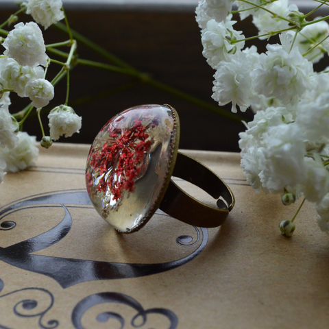 Flower the Globe in Poppy Ring