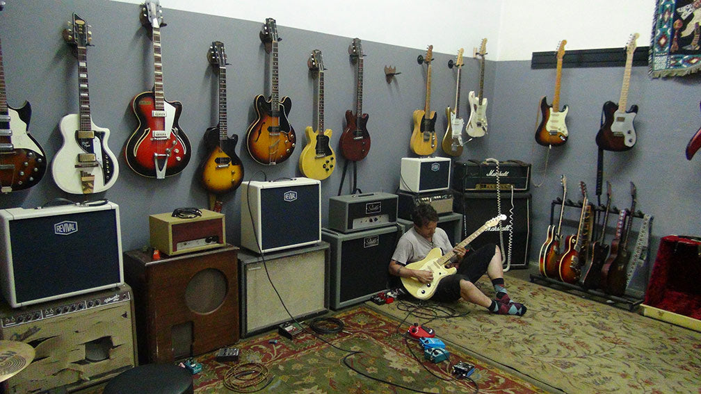 Gabriel Curry at Echopark®Guitars.