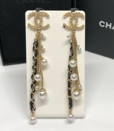 Chanel leather crystal string dropping earrings