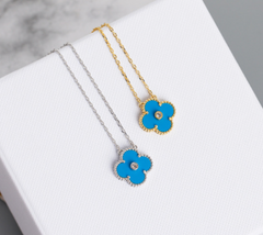 Van Cleef & Arpels Clover Single Alhambra Turquoise 18 K Gold Necklace