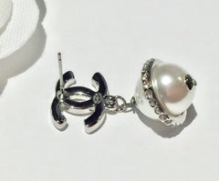 Chanel pearl strass celestial earrings