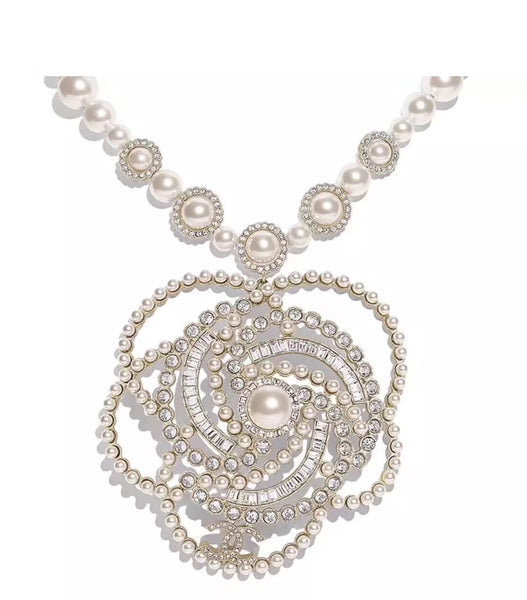 CHANEL PEARL PENDENT NECKLACE