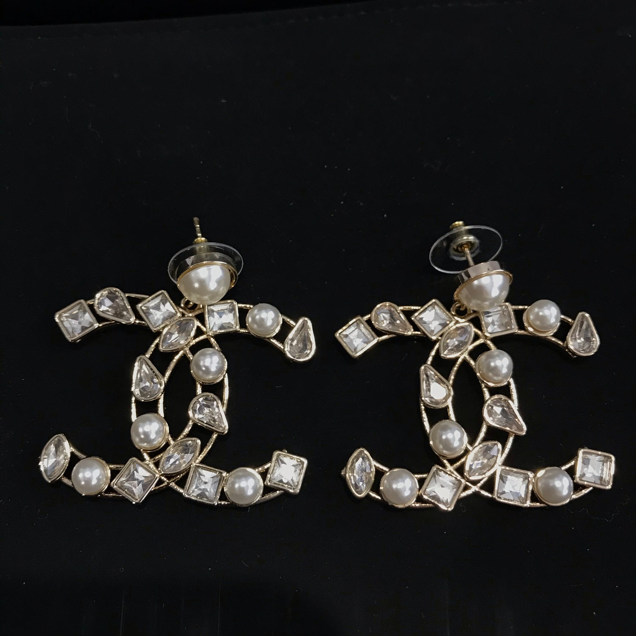 CHANEL large CC CRYSTAL PEARL DANGLE EARRINGS