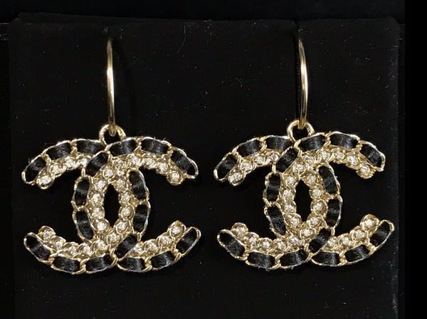 CHANEL BLACK GOLD CC Logo Hook Dangle Earrings