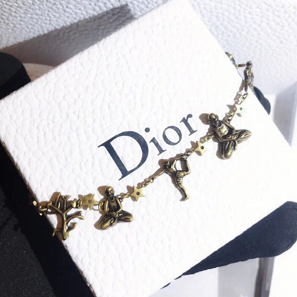 Christian Dior CONNECTION £ HAND IN HAND Yoga Necklace