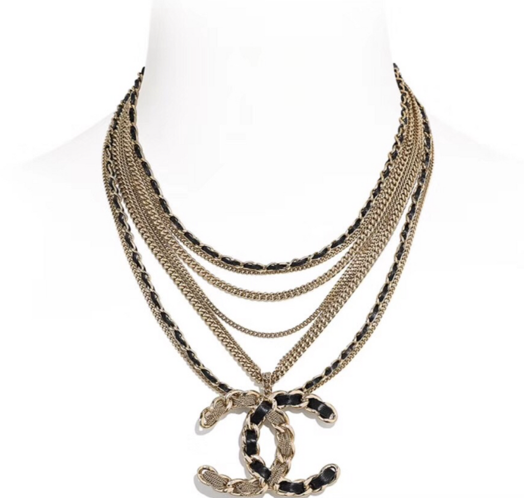 CHANEL MULTILAYERED PENDENT NECKLACE