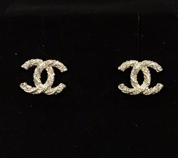 CHANEL EARRING STUDS TINT GOLD