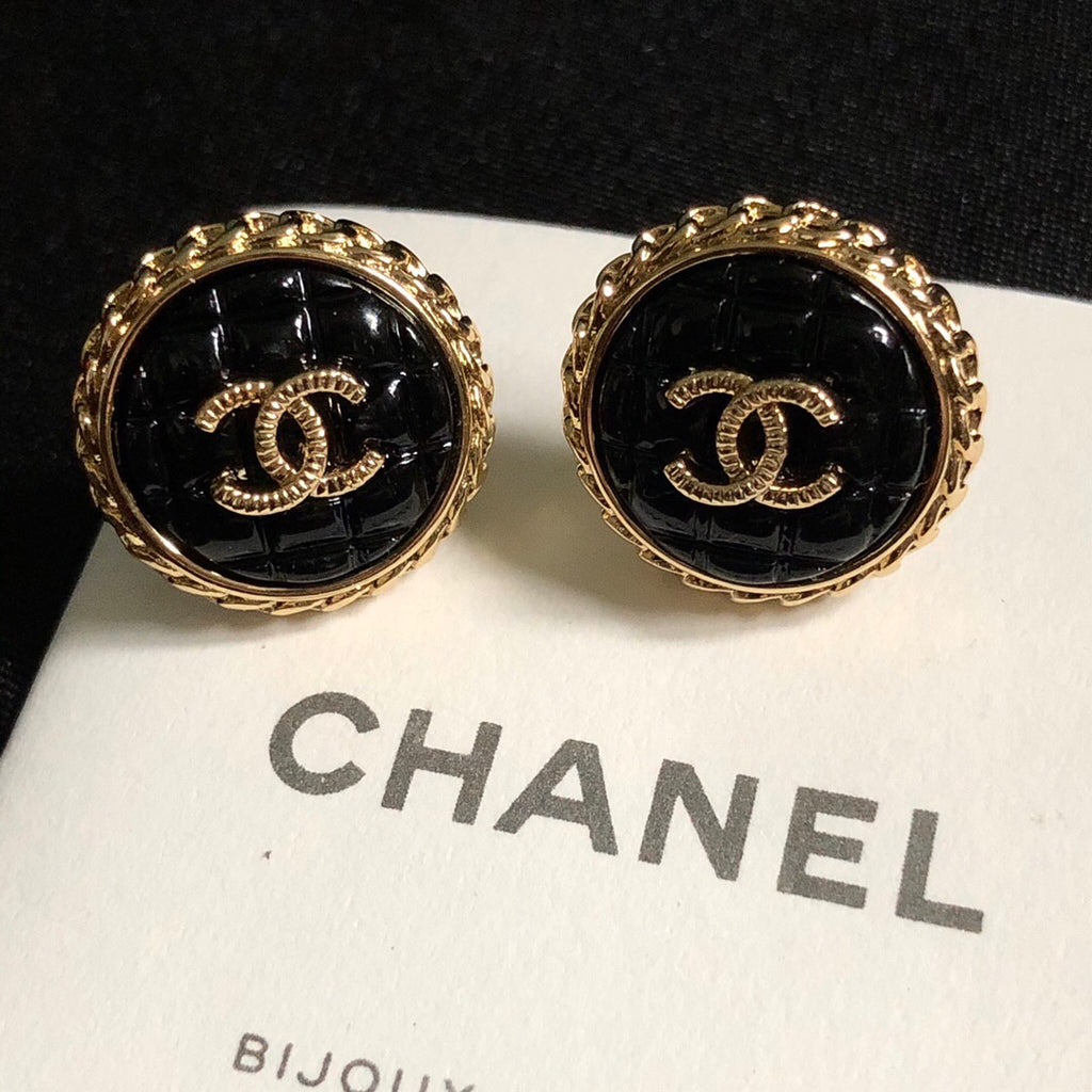Chanel black round earring studs