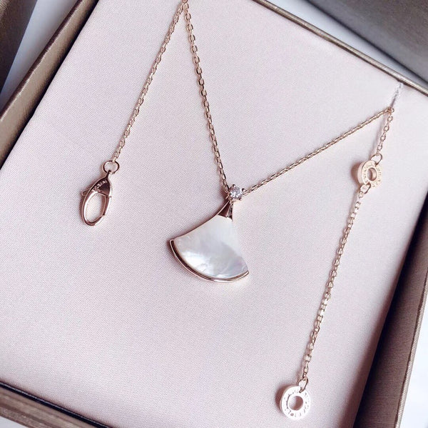 BVLGARI WHITE GOLD SHELL NECKLACE