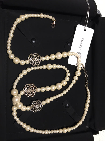 CHANEL CAMELLIA STRASS LONG PEARL NECKLACE