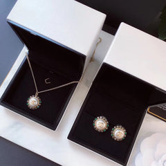 Chanel necklace/ earrings studs set