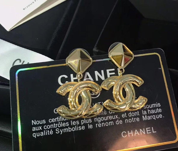 Chanel CC LOGO GOLD Dangle Earrings