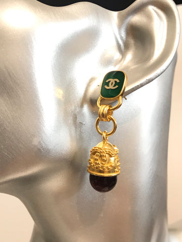 CHANEL Vintage Gold Jade DANGLE DROP EARRINGS
