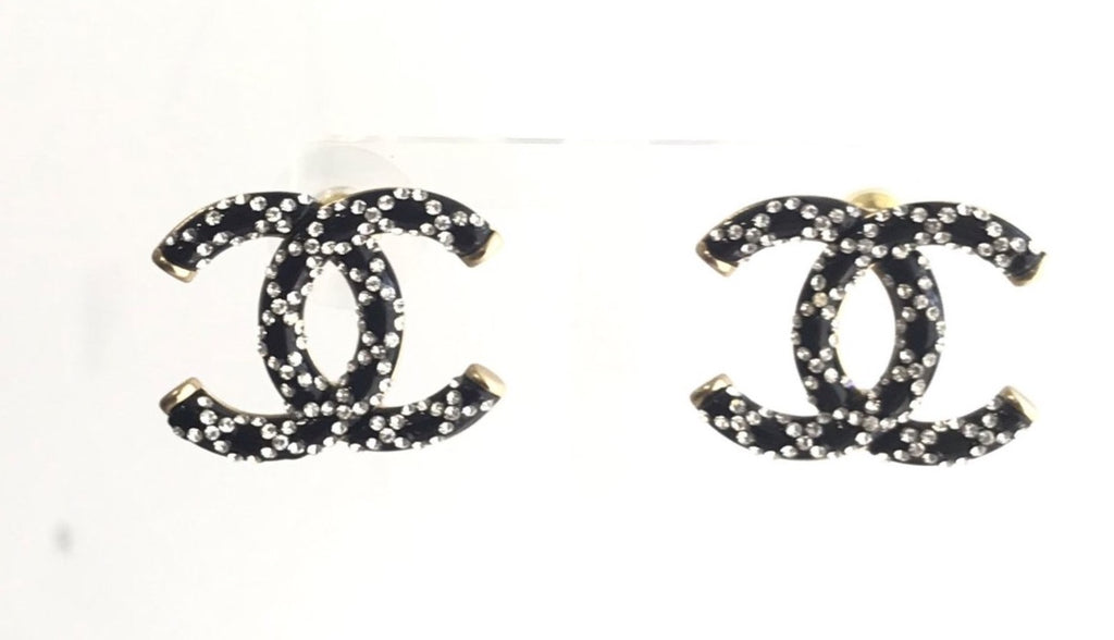 Chanel CC logo crystal earring Studs black