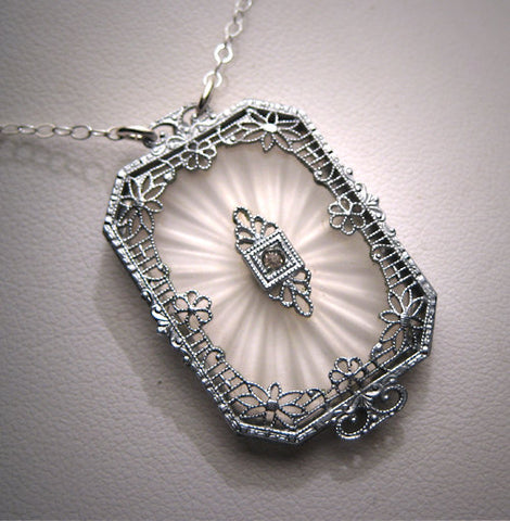 Antique-camphor-glass-crystal-necklace