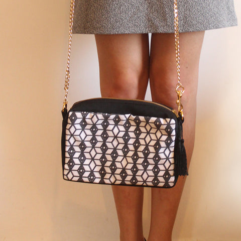 Crossbody black & white bag with ethnic print - Petrushka Studio - 1