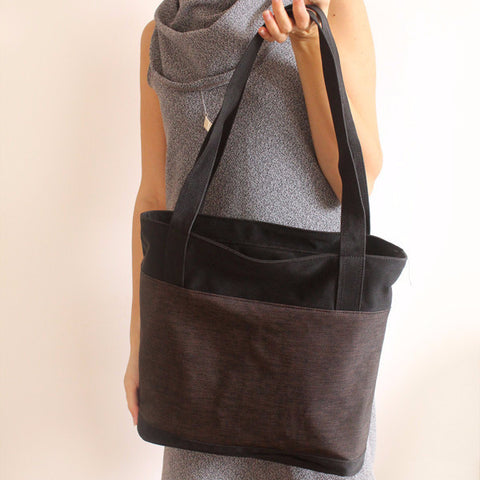 Black and brown tote bag with zipper - Petrushka Studio - 1