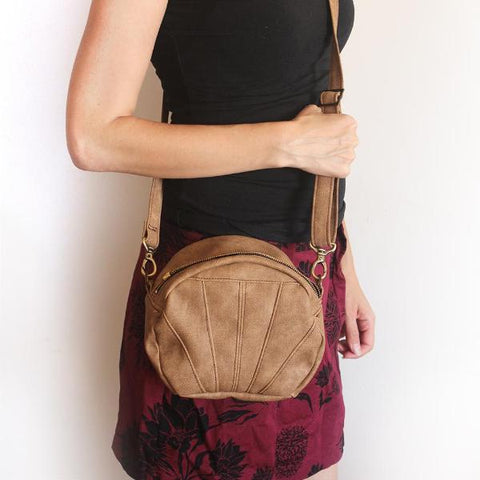 ALBI BAG, small camel brown crossbody bag. Vegan bag by Petrushka studio